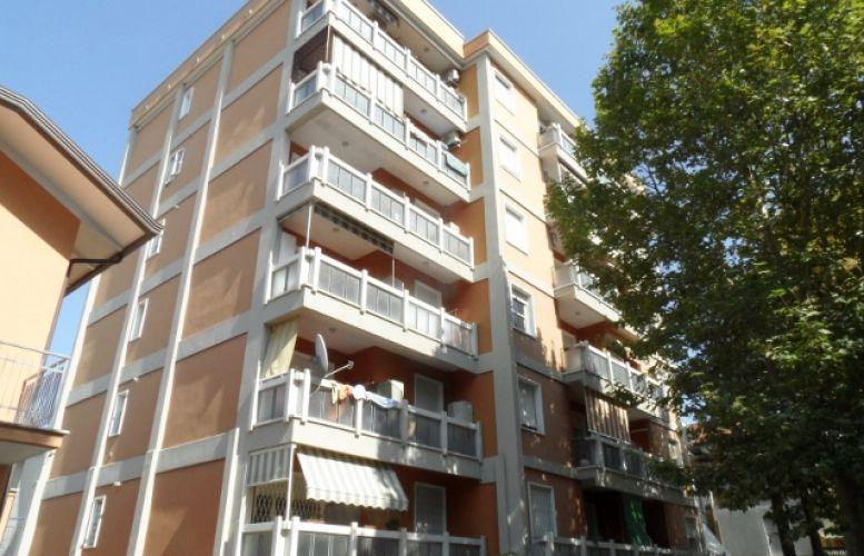 Affitto Valverde 001 Condominio Pitagora