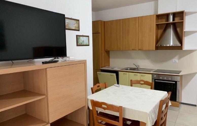 Affitto Valverde .Appartamento Glicine
