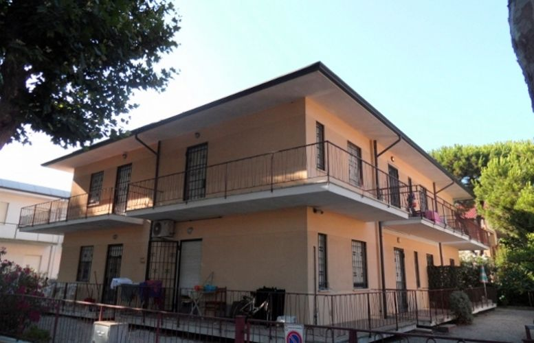 108 Villa Perla