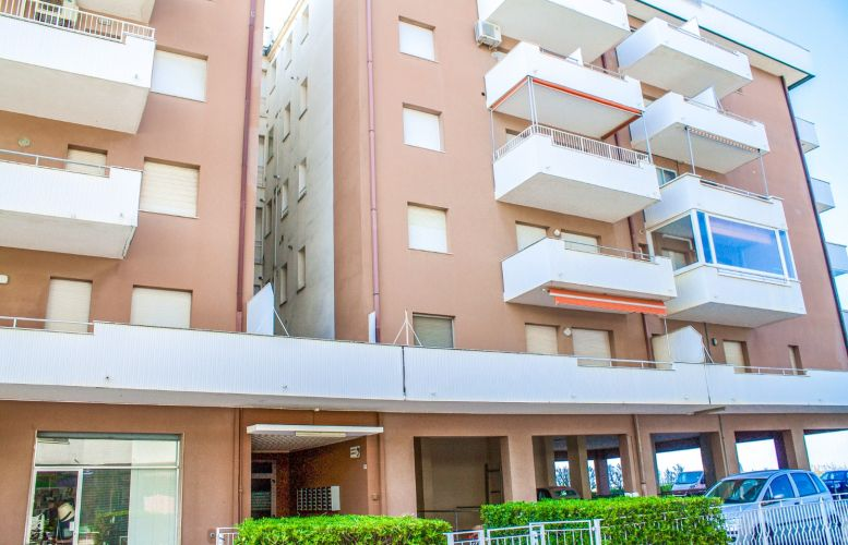 Affitto Valverde 102 Condominio Beaurivage II