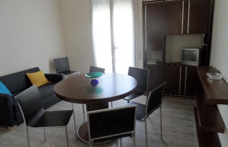087 Condominio Adriatico II