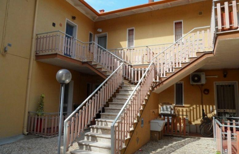 Affitto Valverde 140 Villa Fiorella
